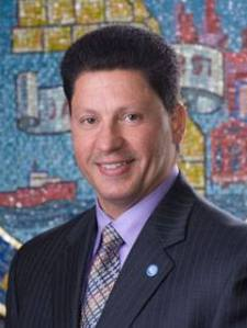 Edwin Reyes, Cook County Commissioner of the 8th District www.starsproject.com